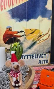 Bilde av Treskilt Scooter HYTTELIVET I ALTA